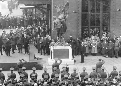 7. World War One Memorials – Lest we forget
